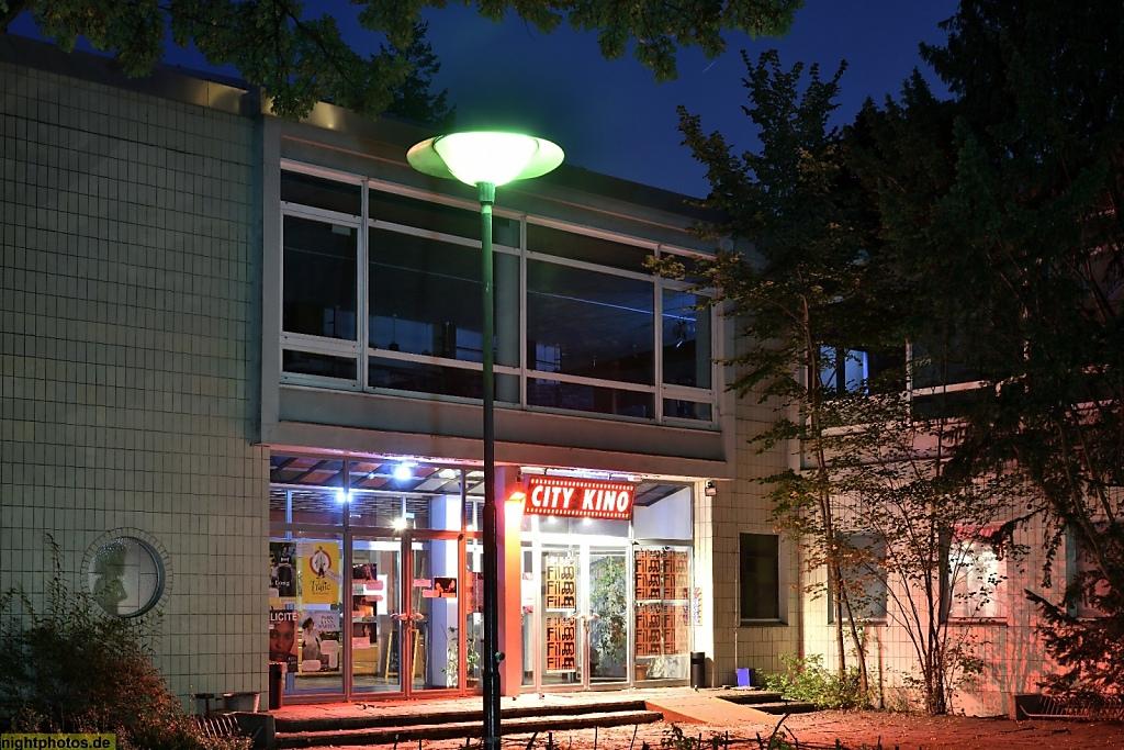 Berlin Wedding City Kino Im Centre Francais Nightphotos De